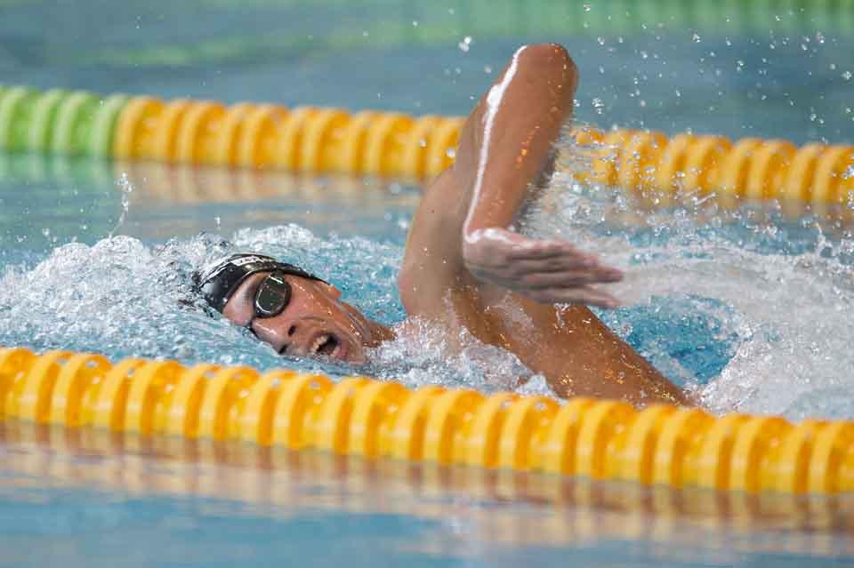 Na snímke Richard Nagy (JTBA) na 1500 m v.sp. na 54. ročníku Veľkej ceny Slovenska v plávaní na Pasienkoch v Bratislave 10. apríla 2016. FOTO TASR - Pavel Neubauer