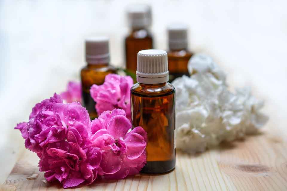 essential-oils-1433694