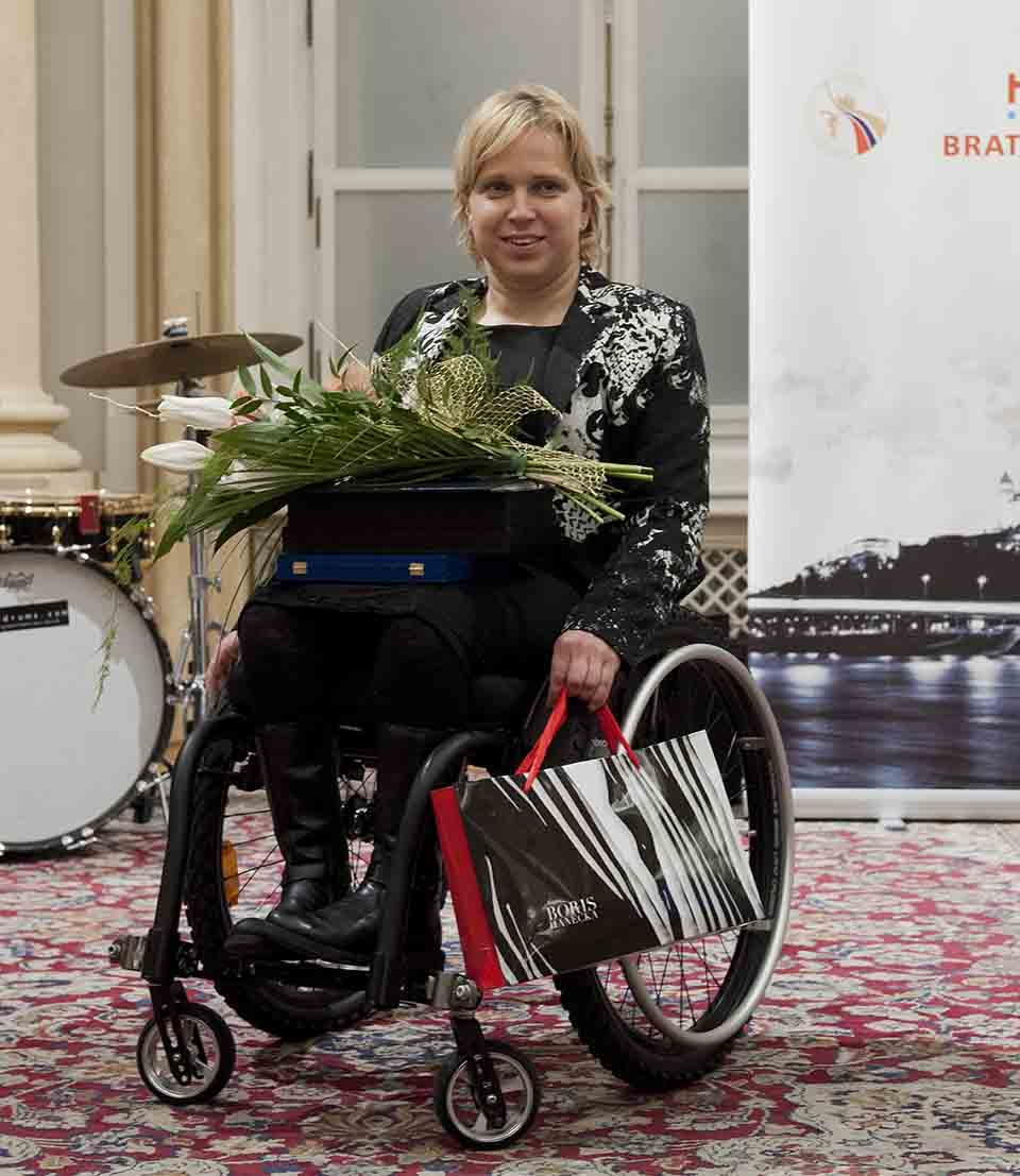 Na snímke víťazka v kategórii telesne postihnutí športovci sa stala športová strelkyňa Veronika Vadovičová na 24. ročníku ankety Najúspešnejší športovec a kolektív Bratislavy a Bratislavského kraja 2016, 20. decembra 2016 v Bratislave. FOTO TASR - Martin Baumann