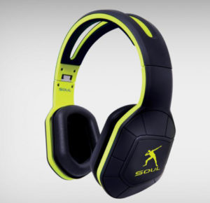 tech-roundup-favorite-pieces-this-week-combat-headphones_0