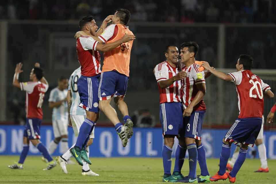 b2da140e3cce4 Argentína prekvapujúco podľahla Paraguaju, na čele Brazília - Šport ...