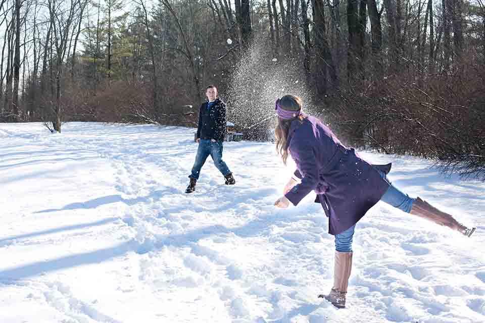 snowball-fight-578445