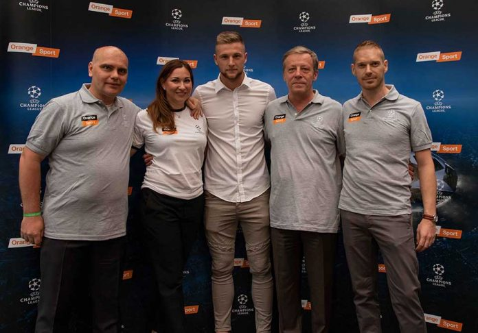 Milan Škriniar a Orange Sport