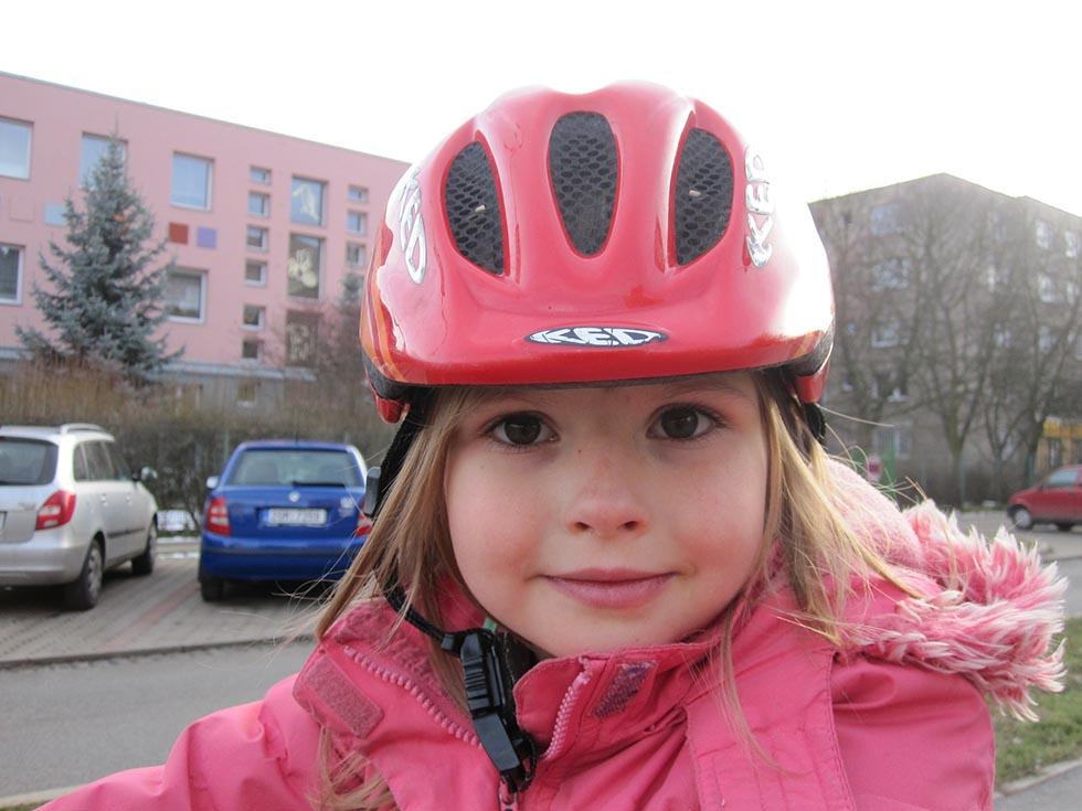 Ako vybrať detský bicykel - prilba